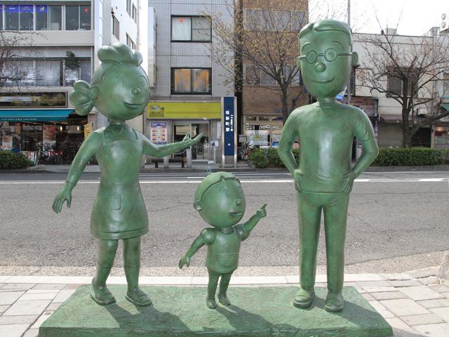 Setagaya_Sazaesan_Family_Statue_3